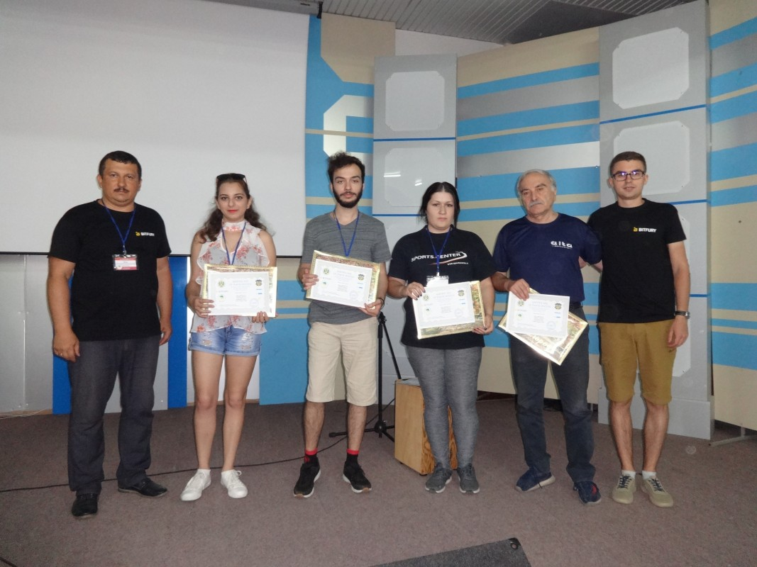 Учасники з Грузії