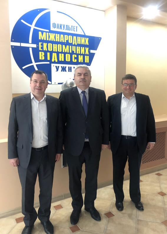 На факультеті МЕВ УжНУ спілкувалися з послом України у Словаччині