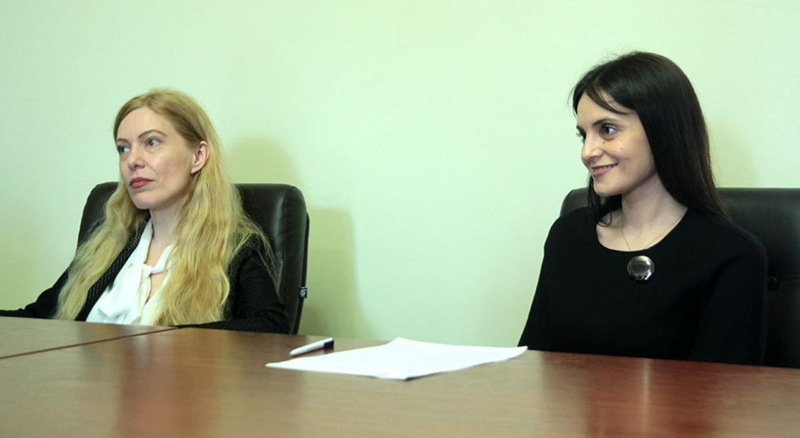 Мирослава Лендьел та Оксана Свєженцева