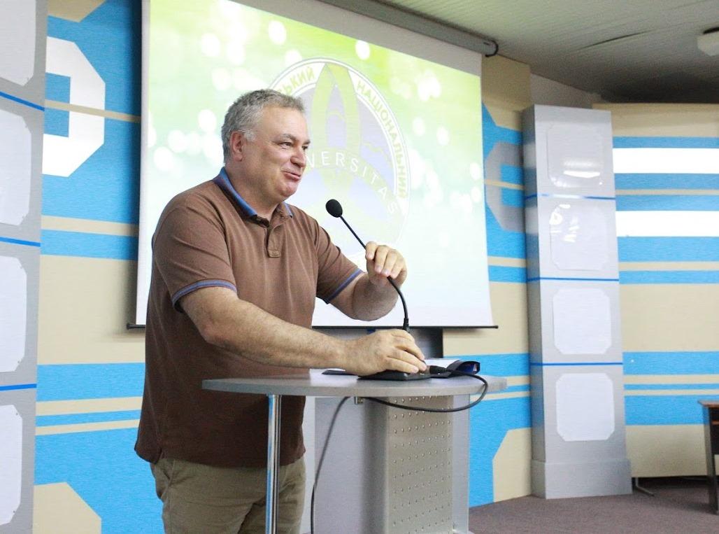 Ректор УжНУ Володимир Смоланка