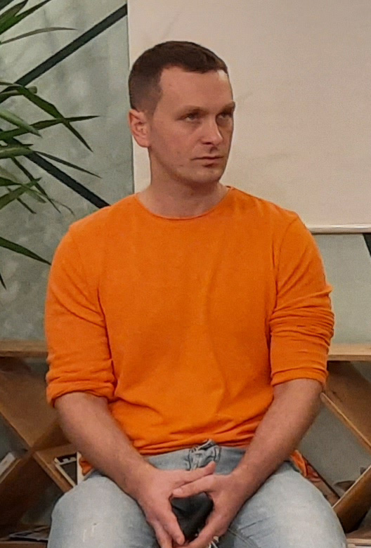Віктор Петров