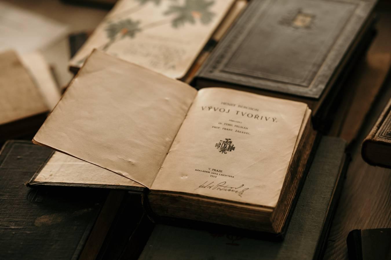 В Ужгороді презентують унікальну колекцію книг із приватної бібліотеки Федора Потушняка