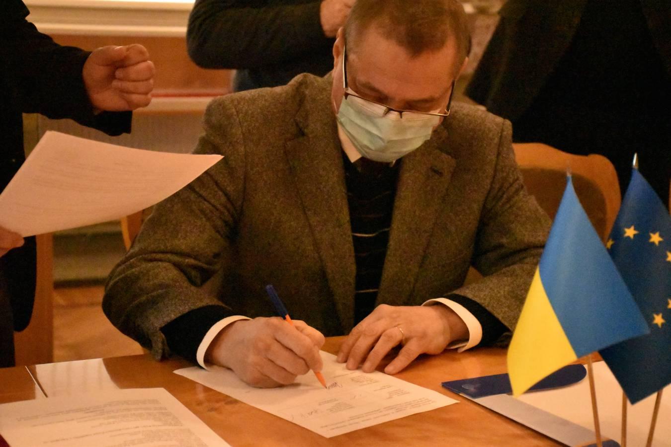 ФІМВ підписав угоду про співпрацю з Чеським центром у Києві