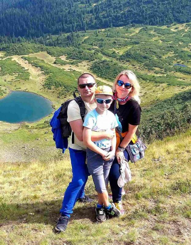 З дружиною Людмилою та сином Юрієм