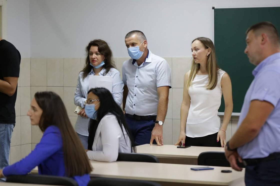 Біологи УжНУ разом з румунськими колегами досліджують геноми мешканців прикордонної зони України та Румунії
