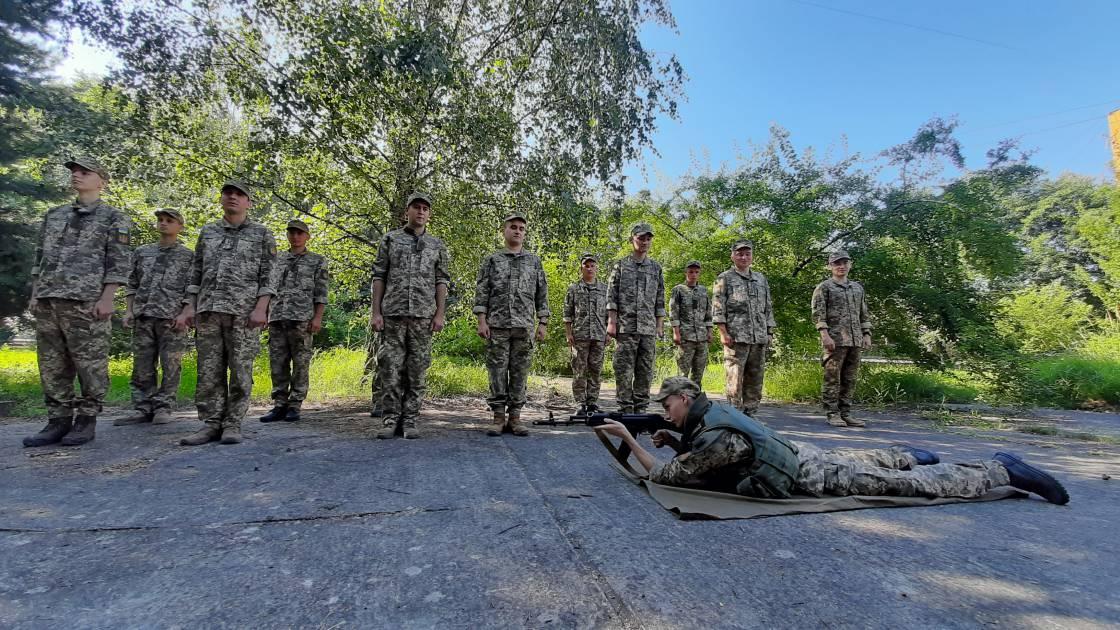 На кафедрі військової підготовки перед присягою триває навчальний збір
