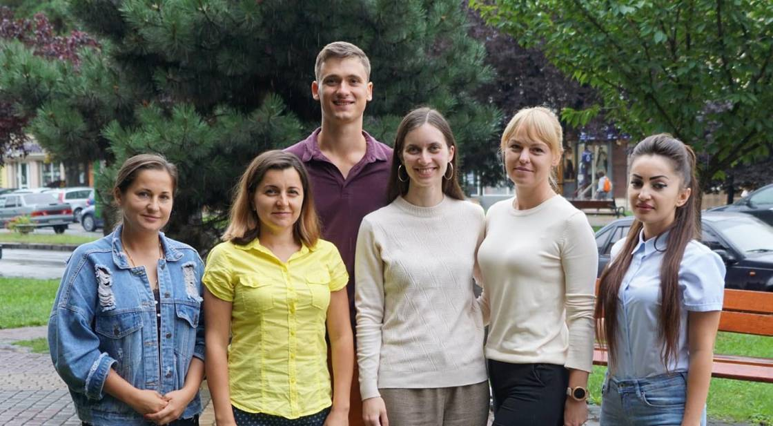 Представники команди «Озеленення Закарпаття»