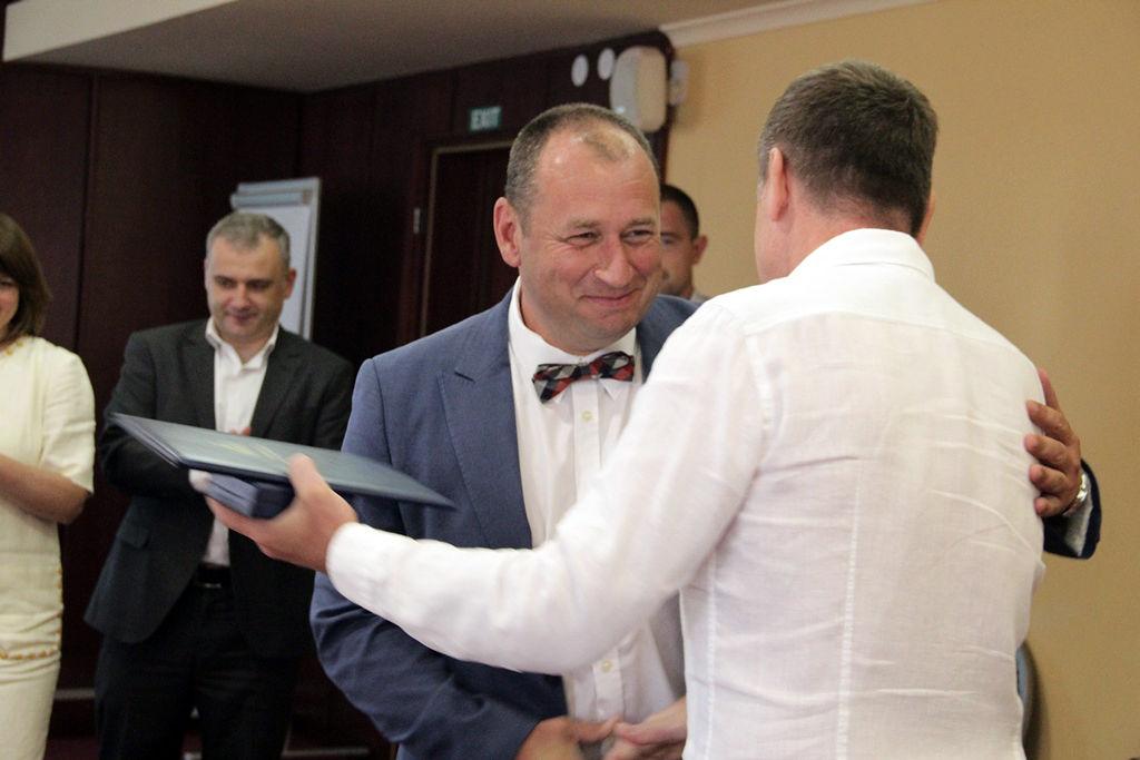 Професора Федора Шандора нагородили грамотою Верховної Ради України