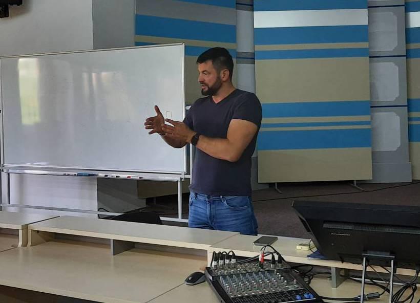 «Немає нічого неможливого»: Василь Ябрик розповів студентам, як запускати успішний бізнес